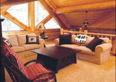 Luxury Log Home Sitting Area