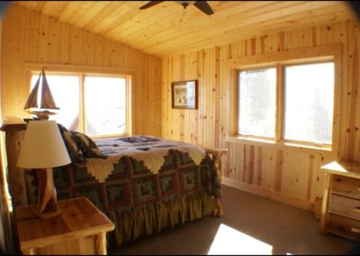 North Shore Log Home Bedroom2