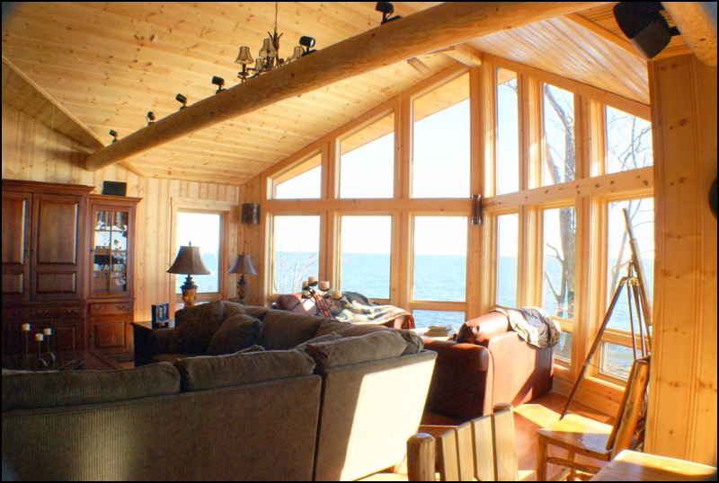 North Shore Log Home
