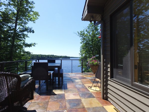 Beautiful New Deck With Lake View