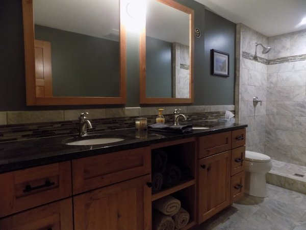 Custom Bathroom Cabinet Vanity For Basement