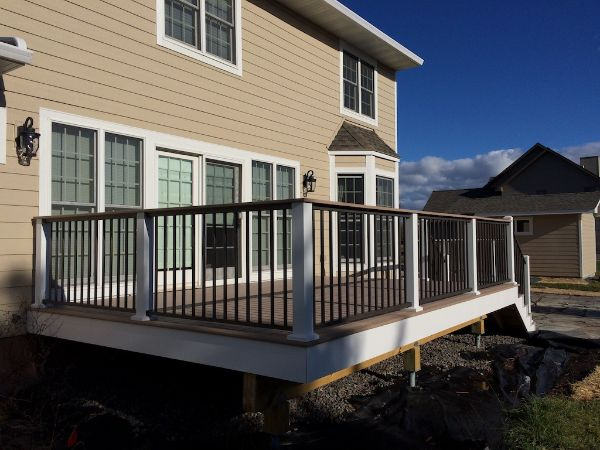 New Low Maintenance Deck Construction